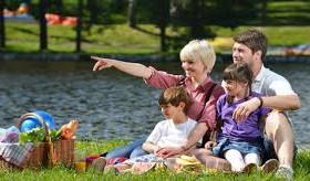 Что взять с собой, отправляясь на природу с маленьким ребенком?