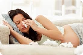 Как вылечить простуду при кормлении грудью и беременности