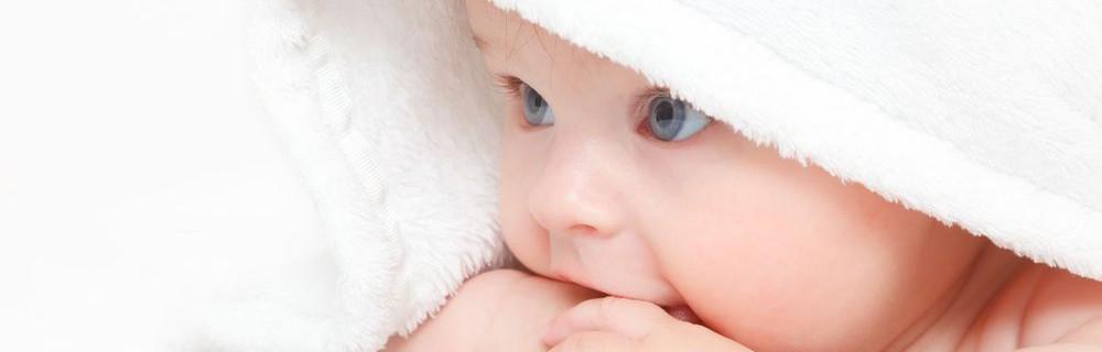 Как выбирать средства по уходу за кожей малыша?