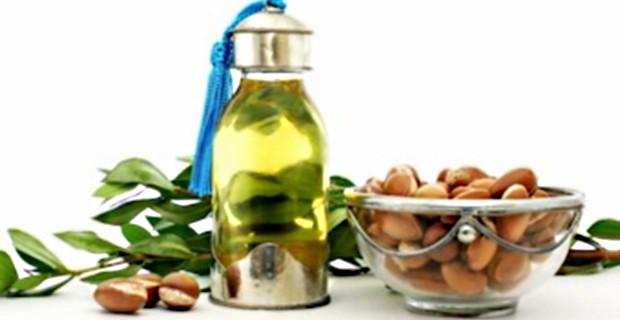 Аргановое масло для красоты и омоложения лица и тела и оздоровления волос