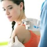 Эффект от вакцинации против ВПЧ сохраняется минимум 5 лет