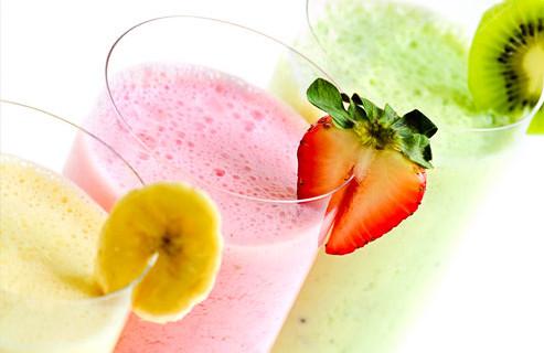 Кефирные коктейли с ягодами