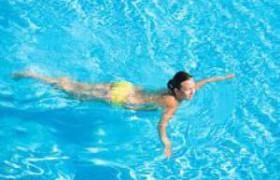 Вода в бассейнах опасна для легких?