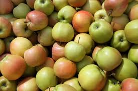 Яблоки уменьшает риск развития бронхиальной астмы у плода