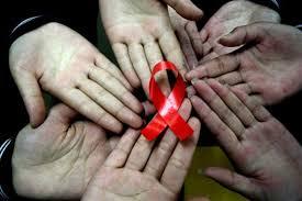 Лечение ВИЧ-инфицированных людей