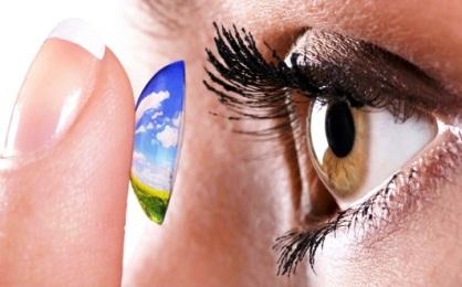 Научимся носить контактные линзы правильно