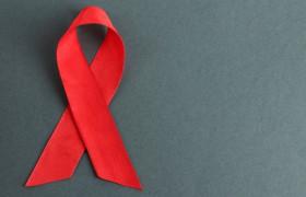 Ежедневно более 200 человек в России заражаются ВИЧ