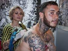 Открытие: многочисленные татуировки тренируют иммунитет