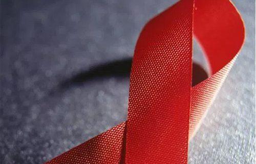 Более 215 тысяч ВИЧ-позитивных россиян умерли