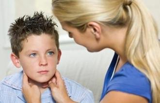 Болезнь свинка у ребенка: первые симптомы
