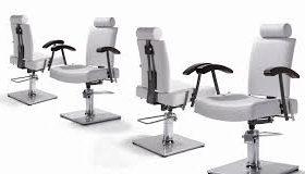 Выбор парикмахерского кресла для удобства клиента.