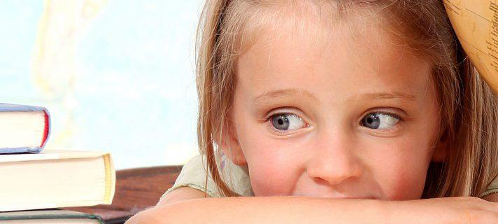 Педиатр: начало учебного года у детей может сопровождаться головными болями, тошнотой и депрессиями