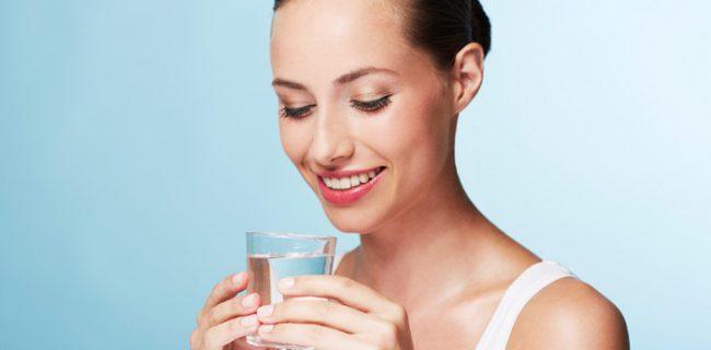 Вода может защитить от инфекций мочевыводящих путей