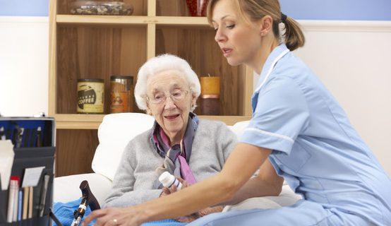 Зачем отправлять родственника в дом престарелых?