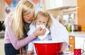 Бабушкины методы: чем опасно лечить простуду