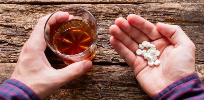 С чем нельзя мешать алкоголь: 6 опасных сочетаний