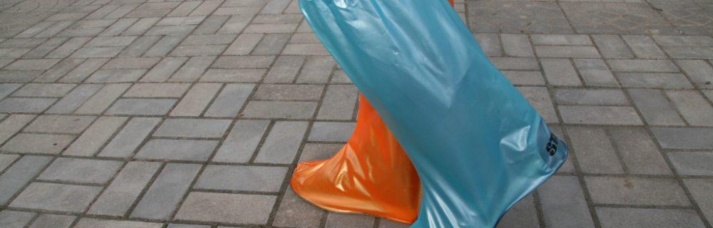 Как использовать чехол на гипс на ногу?