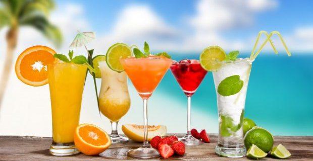 Медики назвали самый полезный напиток