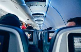 Ученые сели в 10 самолетов и выяснили, как не заразиться гриппом в полете. Все зависит от места