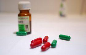 Новый антибиотик борется с супербактериями