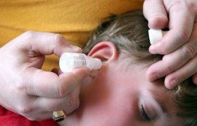 Почему при глотании боль отдает в ухо?