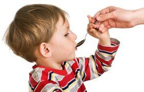 Помогут ли витамины вылечить ребёнка от простуды