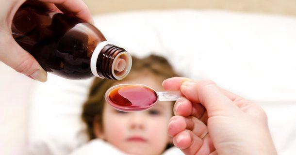 Ученые: Сиропы от кашля не помогают в его лечении