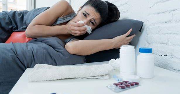 Медики рассказали, когда простуда дает опасные осложнения