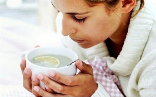 Капли для носа помогут остановить менингит