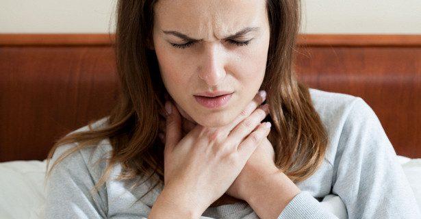 Почему нельзя терпеть боль в горле