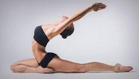 Йога — популярное занятие среди современных людей