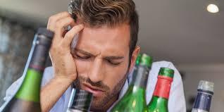 Из-за чего возникает похмельный синдром и как с ним бороться?