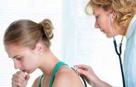 Бронхит или пневмония: медики назвали основные симптомы