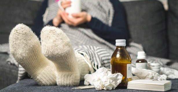 Медики рассказали, почему нельзя сбивать невысокую температуру