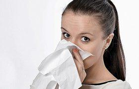 Признаки, по которым можно отличить поллиноз от простуды