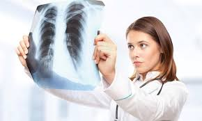 Когда необходима запись к пульмонологу, какие жалобы требуют обращения к специалисту, кашель