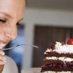 Обилие сладкого летом ведет к росту грибковых инфекций