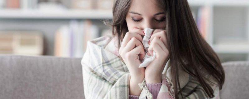 5 опасностей обычного сморкания