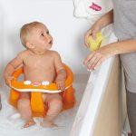 4 самых нелепых мифа о купании малыша, которые пора развенчать