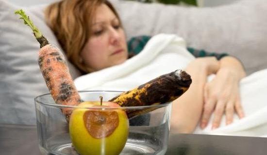Как отличить пищевое отравление от ротавируса?