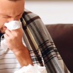 Во время эпидемии гриппа нужно постоянно увлажнять слизистую носа