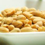 Утверждена первая терапия аллергии на арахис