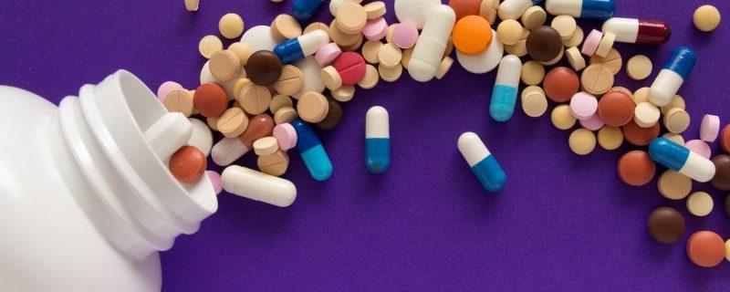 Специалисты Роспотребнадзора рассказали как правильно пить антибиотики