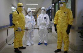 Инфекционист рассказал, как люди заражаются опасными болезнями (и как этого избежать)