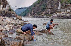 Река Ганг заражена неизлечимыми бактериями