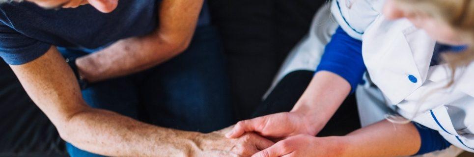 Вызов врача из центра «СпецМед24» поможет полностью избавить наркоманов от ломки
