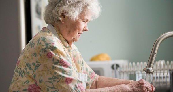 Израиль: почему болеет меньше пожилых