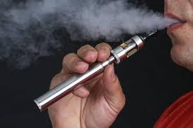 Электронные сигареты, так же как и обычные, вызывают »кашель курильщика»