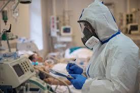 На что обращать внимание при COVID-19 и как понять, что пора в больницу
