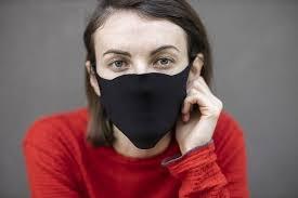 Ношение масок повлияло на способность человека распознавать лица